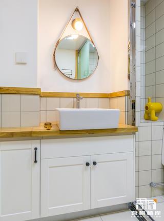 北欧风格二居卫生间装修效果图