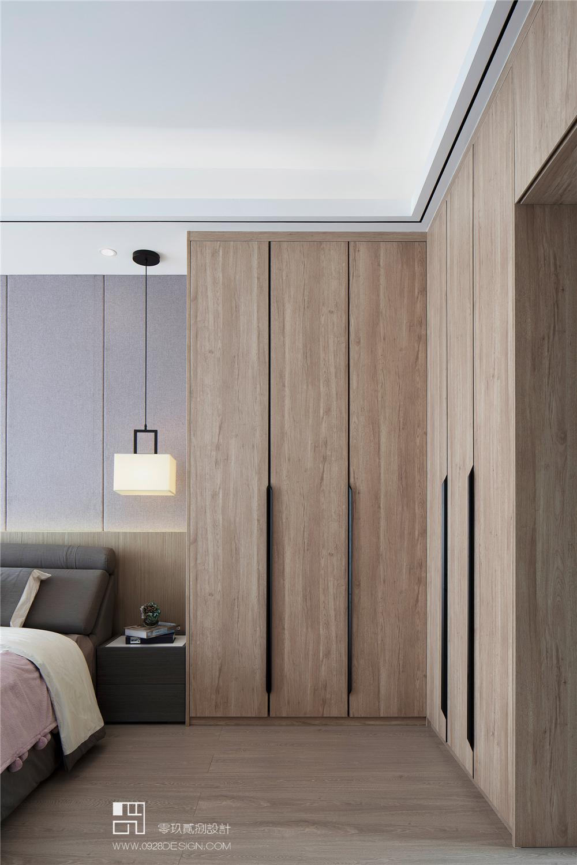 三居室现代中式风衣柜装修效果图