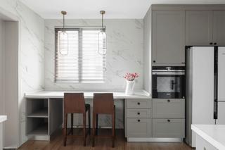大户型现代简约装修厨房吧台设计