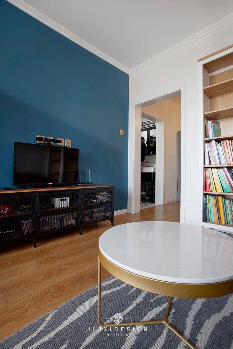 50平小户型两居电视背景墙装修效果图