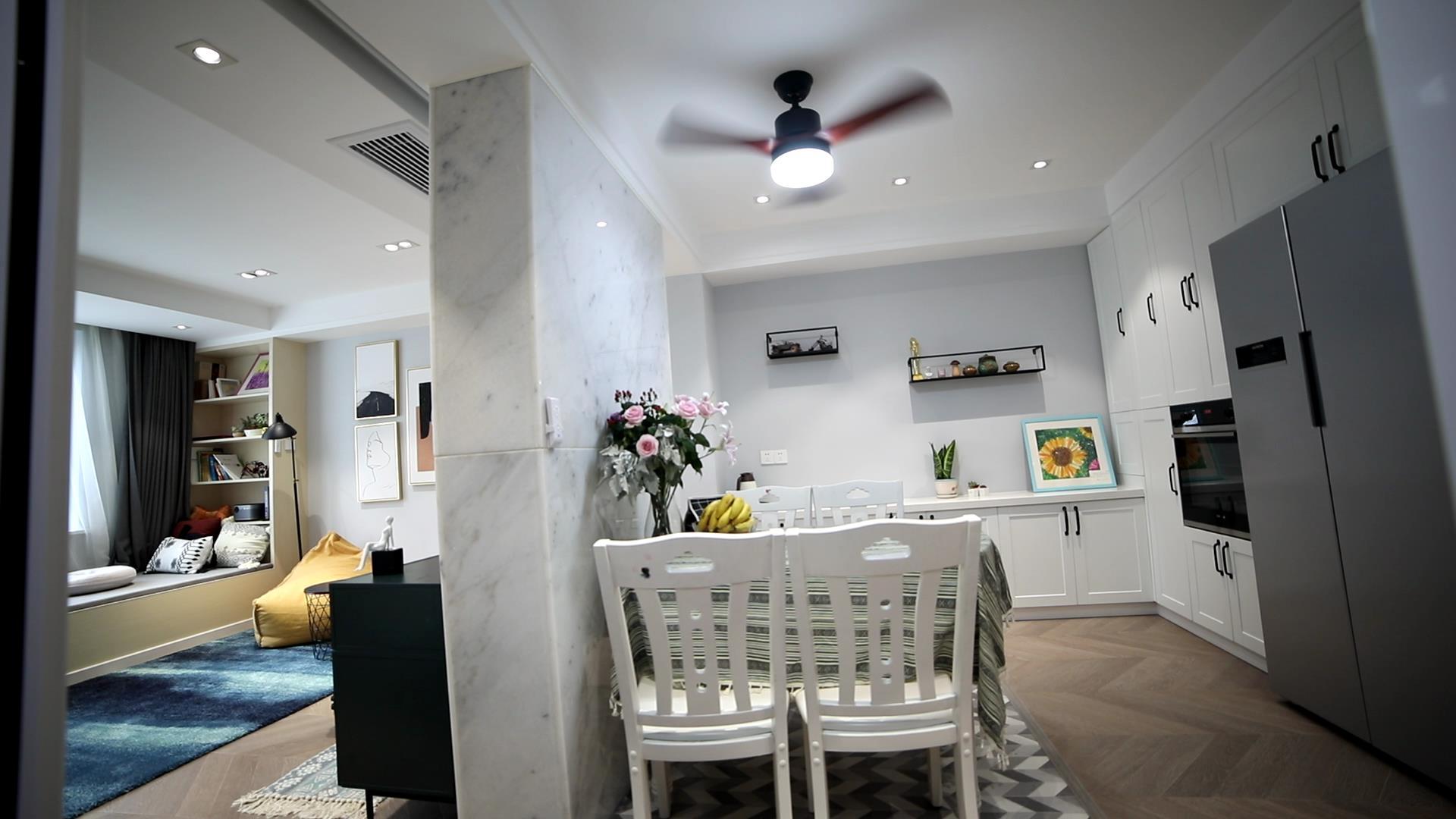 77平米两居室餐厅装修效果图