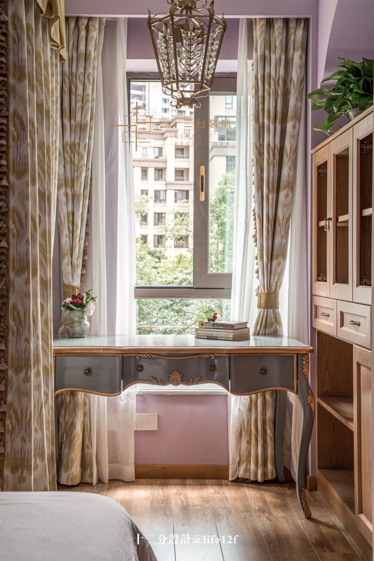 美法混搭风三居装修书桌设计图