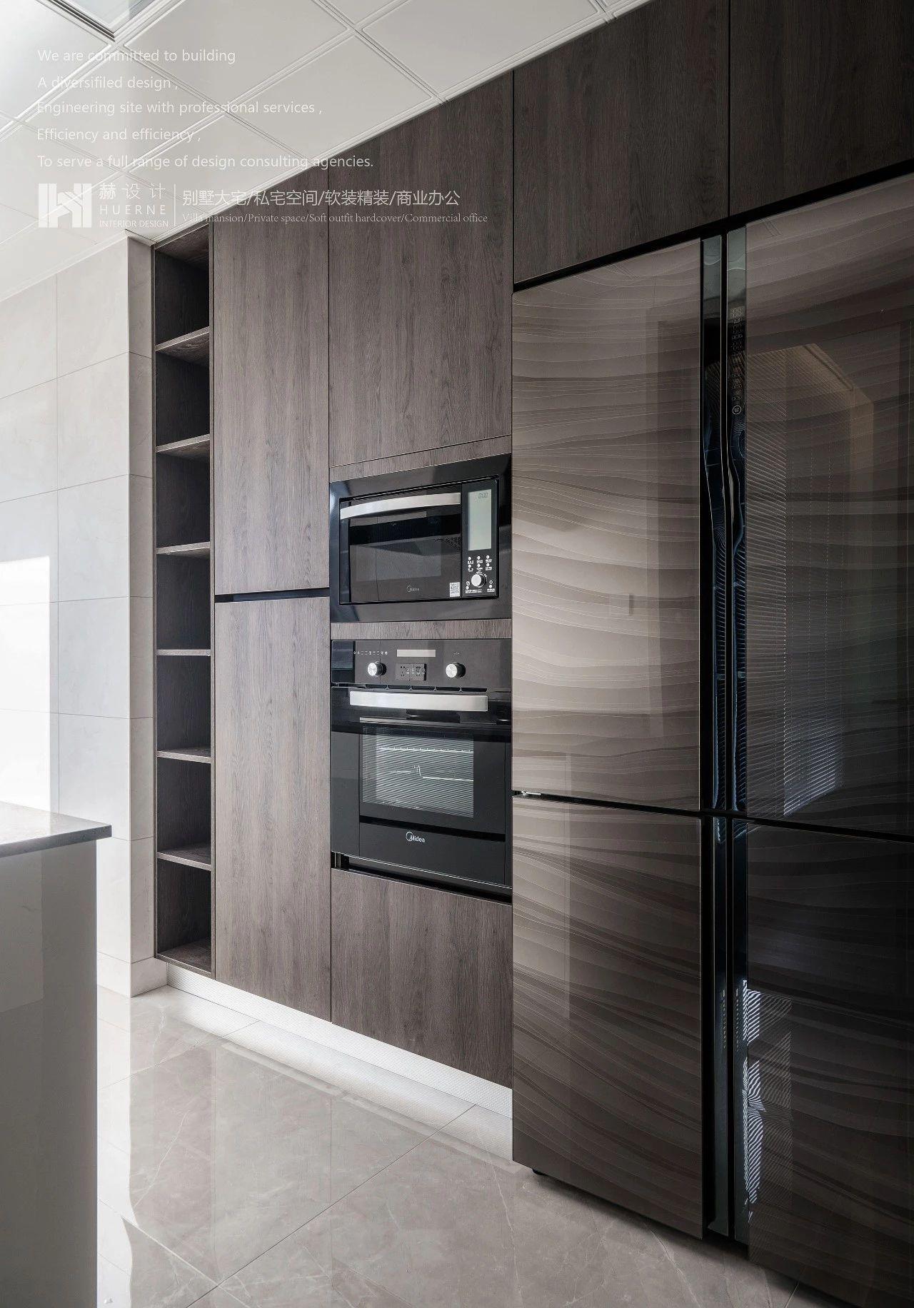 現代簡約三居室裝修櫥柜設計圖