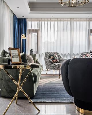 轻奢美式别墅装修沙发边几设计