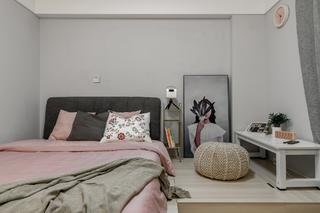 70平米二居卧室装修效果图