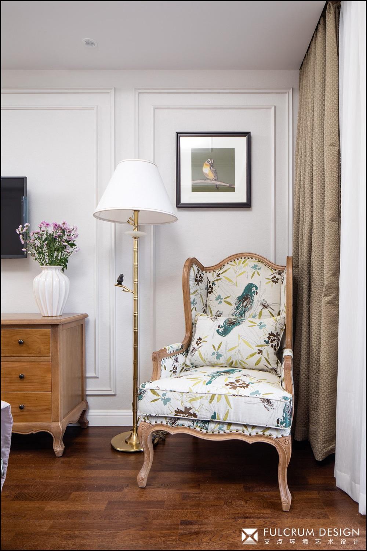 美式风格四居室装修沙发椅设计图