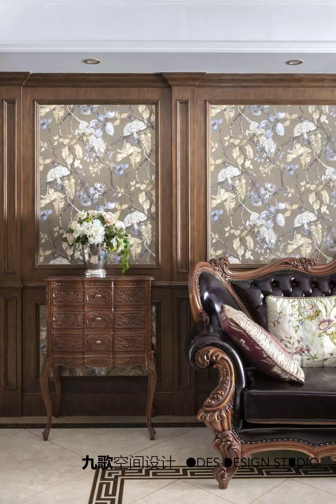 古典美式风格装修沙发边柜设计