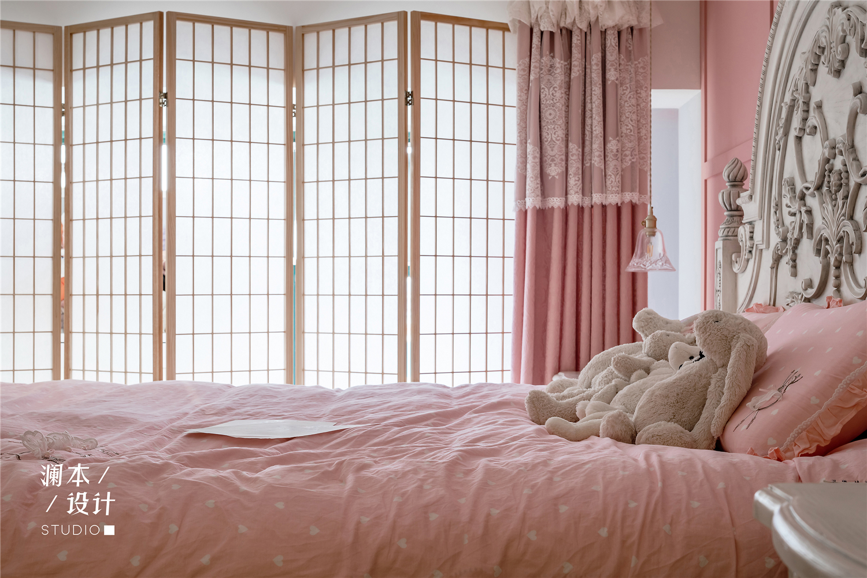 50㎡小户型公寓装修折叠屏风隔断设计