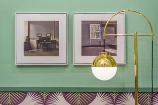 轻奢复古风三居装修客厅细节图