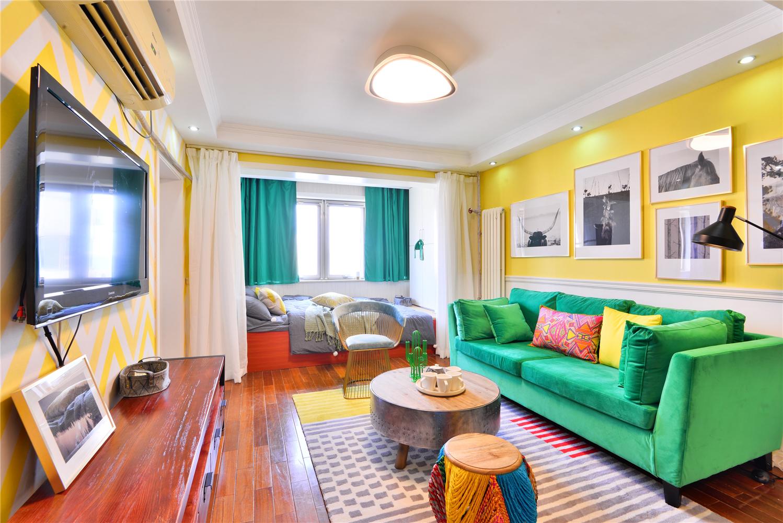 60平一居室公寓客厅装修效果图