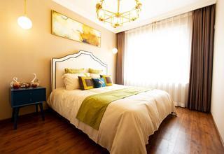 74平米两居卧室装修效果图