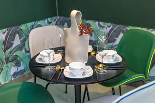 60㎡绿色两居室装修餐桌椅设计图