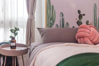 60㎡绿色两居室装修床头特写