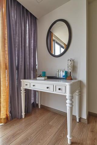 混搭风格两居室装修梳妆台设计