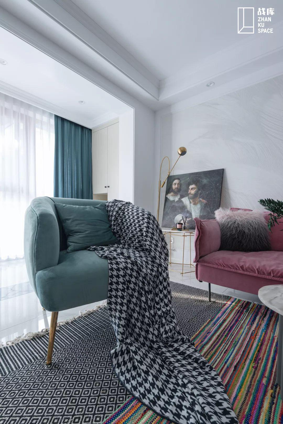70平米两居室装修沙发椅设计
