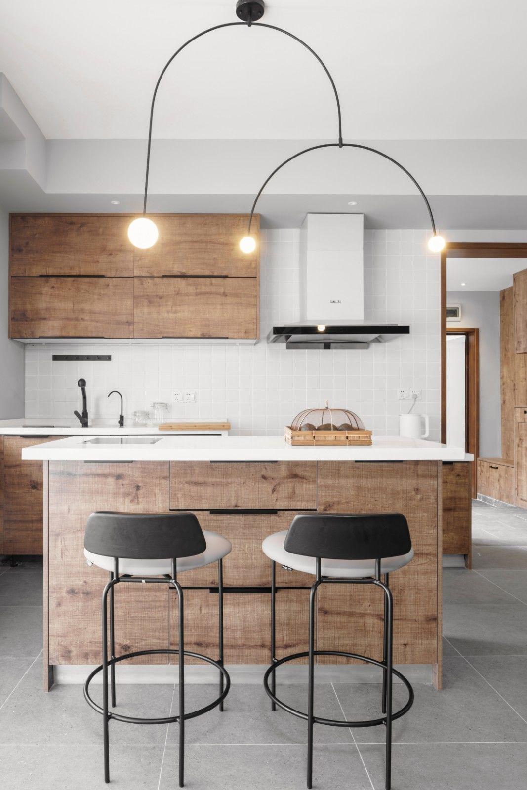 现代日式三居厨房吧台装修效果图