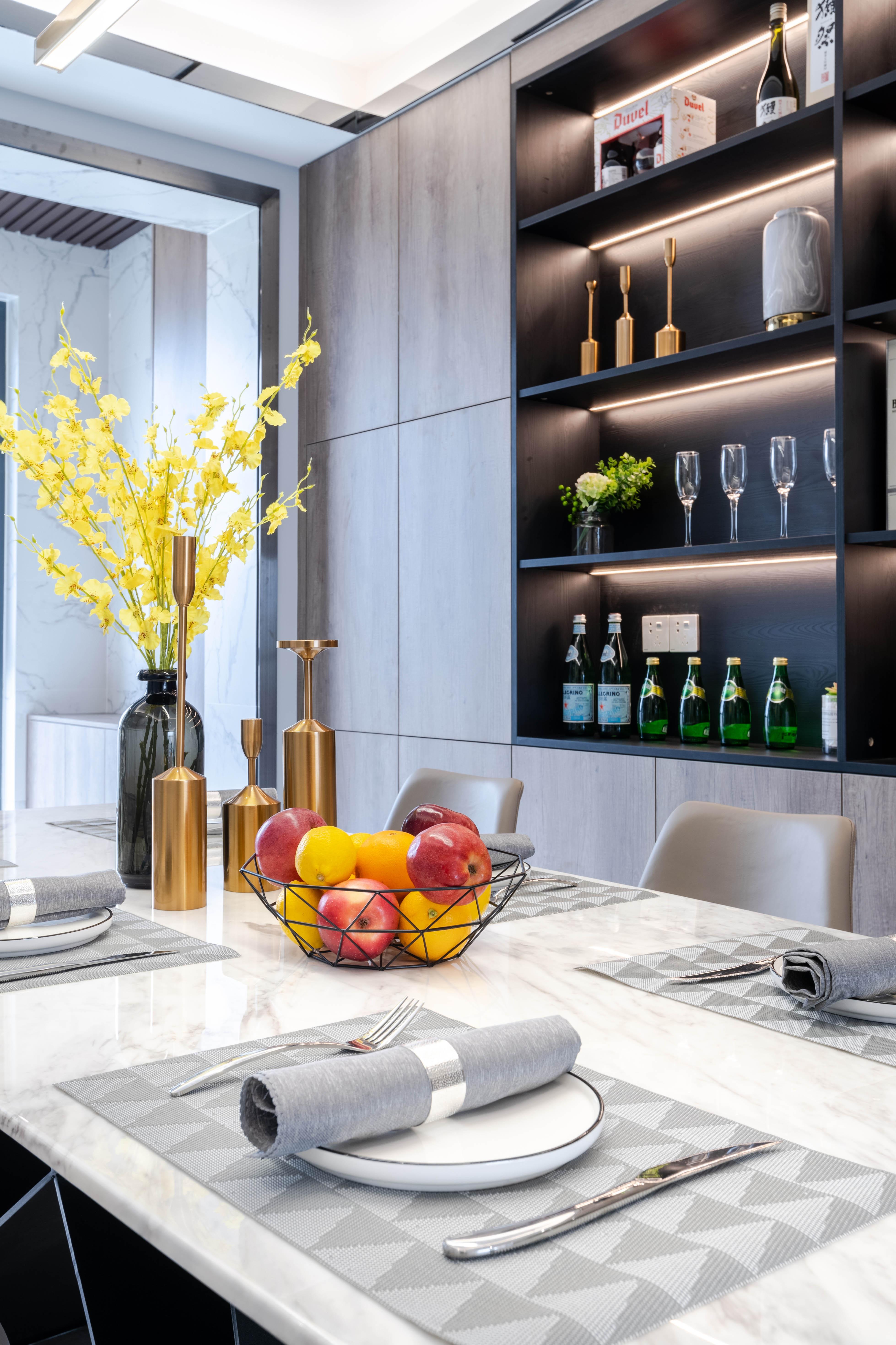 155㎡现代风格装修餐厅酒柜设计图