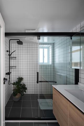 70平米两居室卫生间装修效果图