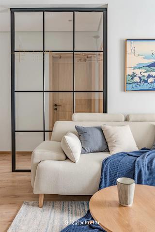 日式风格二居装修沙发设计图