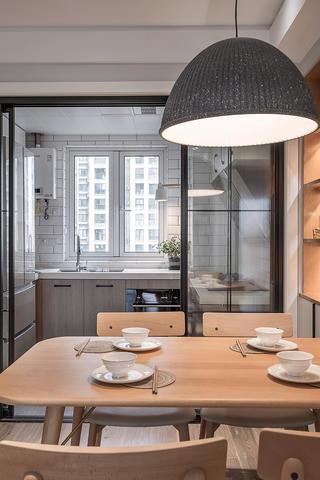 85㎡北欧风三居装修餐桌设计图