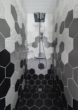 160㎡美式风格淋浴房装修效果图