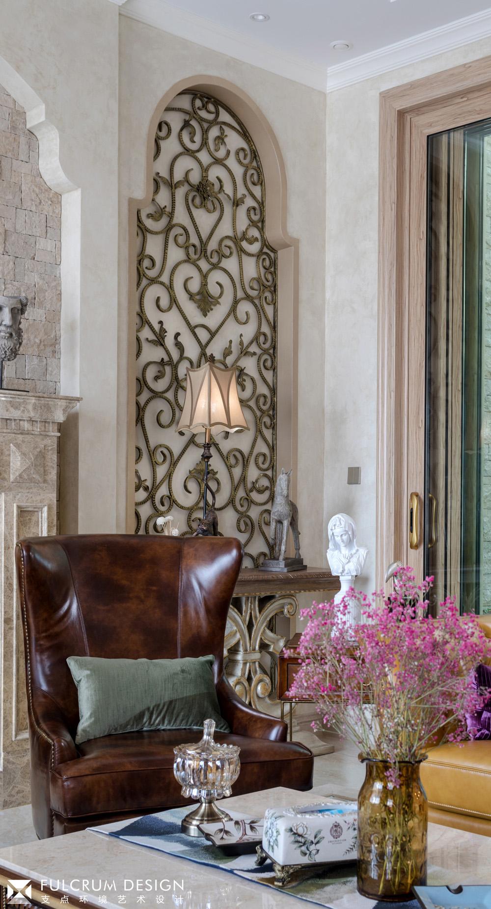 美式风格别墅装修皮质沙发设计