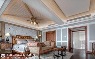 美式风格别墅卧室吊顶装修效果图