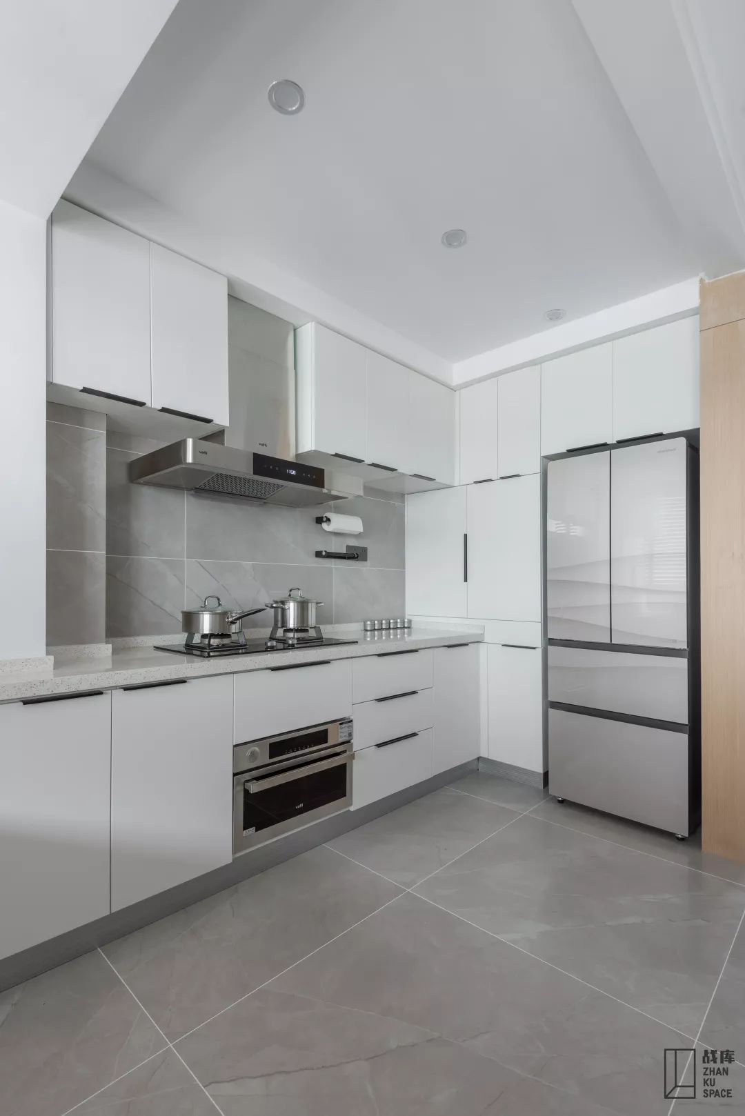 130㎡现代风格厨房装修效果图