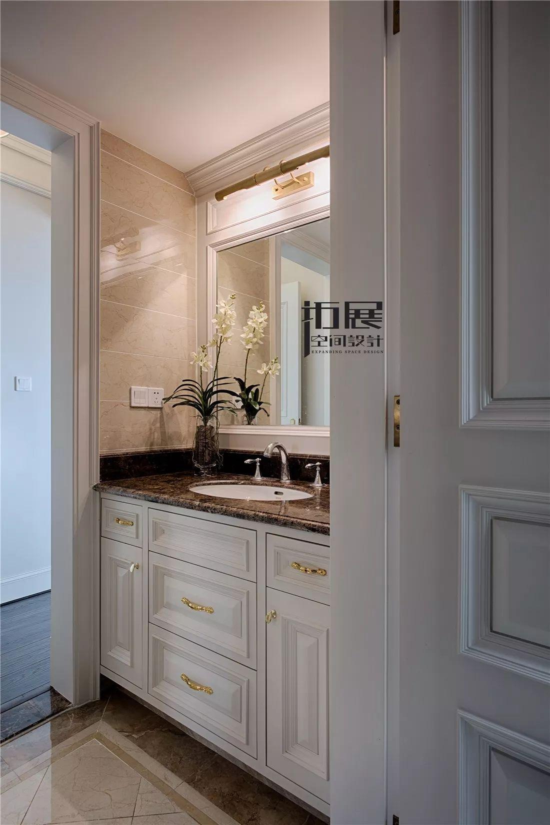 美式新古典风格洗手台装修效果图