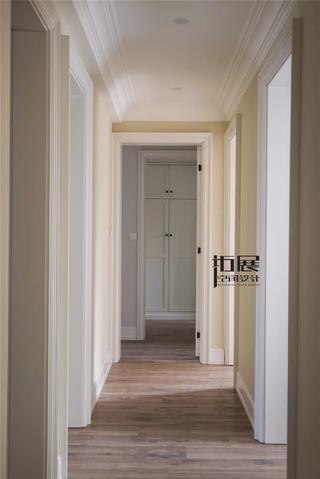 135㎡美式风格走廊装修效果图