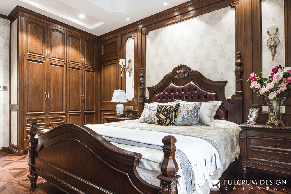 经典美式风格别墅卧室装修效果图