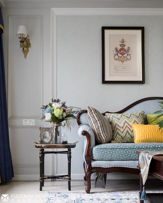 美式三居室裝修沙發一角