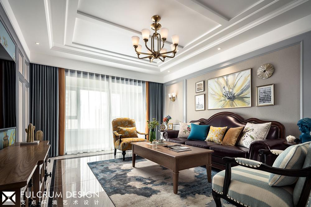 156平美式风格客厅吊顶装修效果图