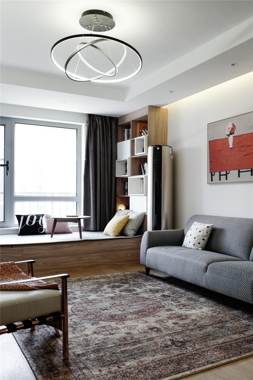 北欧混搭风两居装修客厅吊灯设计图
