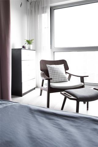 北欧混搭风两居装修休闲椅设计