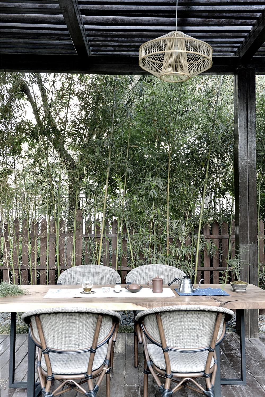 现代中式风别墅庭院装修效果图
