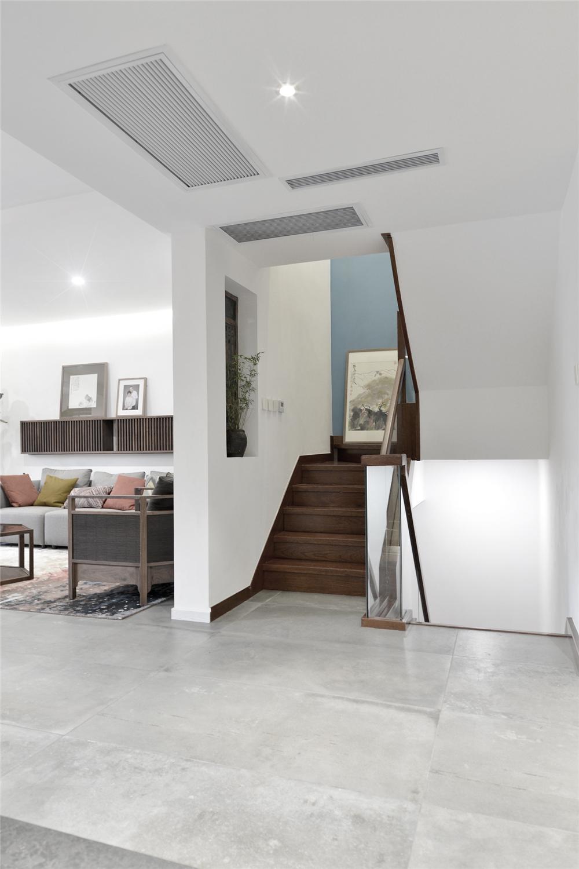 现代中式风别墅楼梯装修效果图