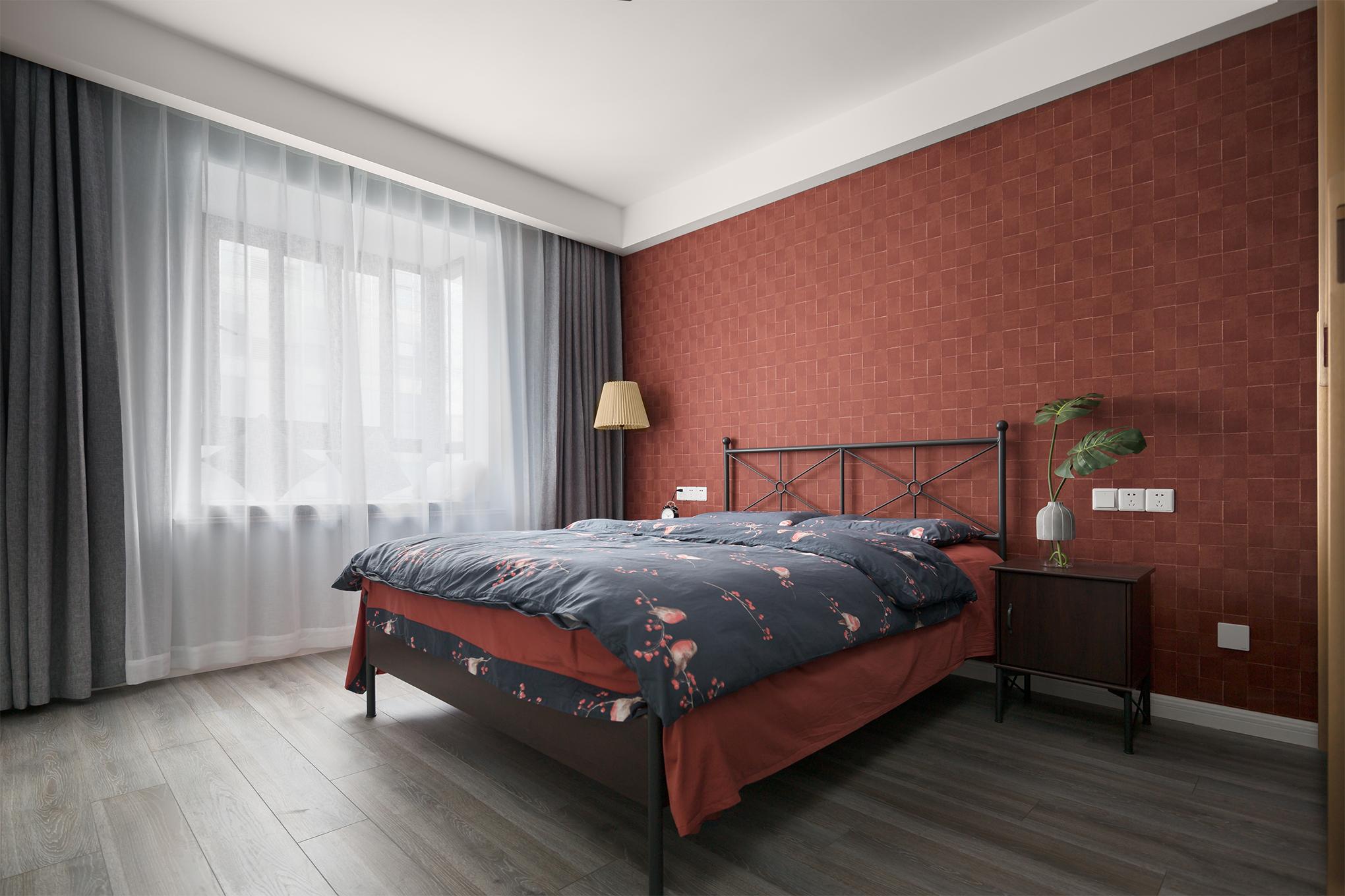 80平米二居卧室装修效果图