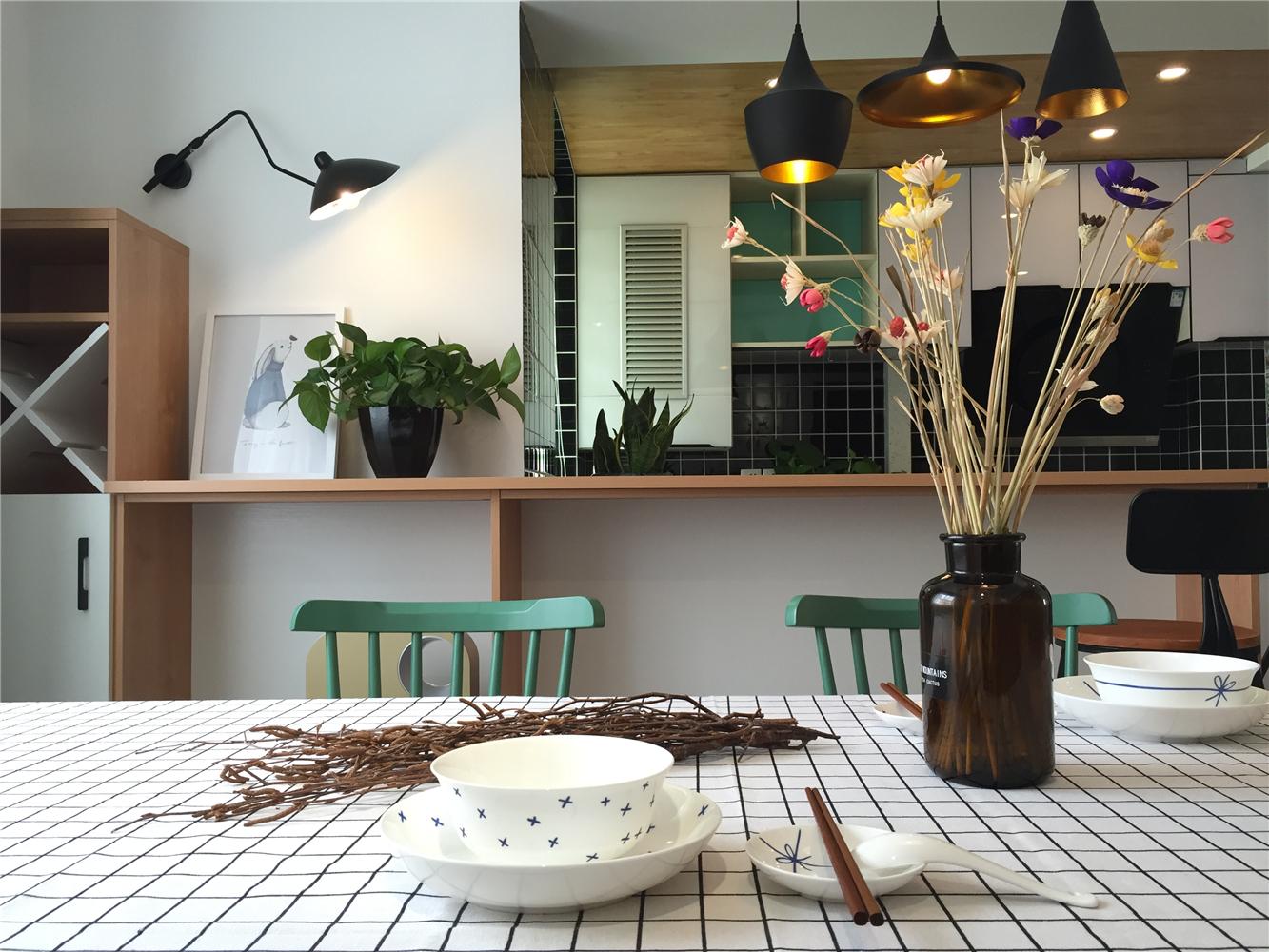 60㎡小户型北欧风装修餐厅细节图