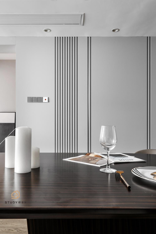 大户型现代简约风格餐厅背景墙装修效果图