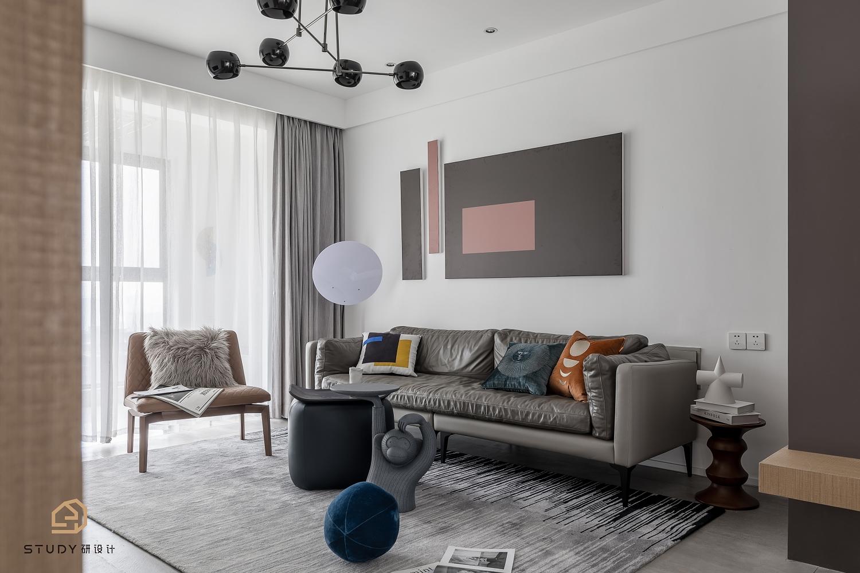 126㎡简约现代三居沙发背景墙装修效果图
