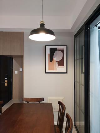 80平米二居室装修餐厅吊灯设计