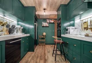 180平美式风格厨房装修效果图