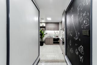 116㎡现代混搭风装修过道黑板墙设计