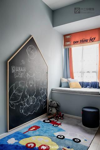 100平现代简约风装修黑板墙设计