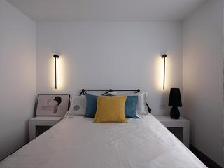 77平现代简约三居卧室装修效果图