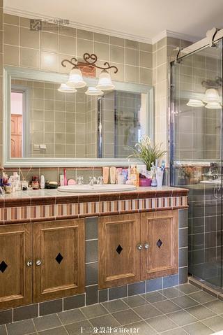 法式乡村风格别墅卫生间装修效果图