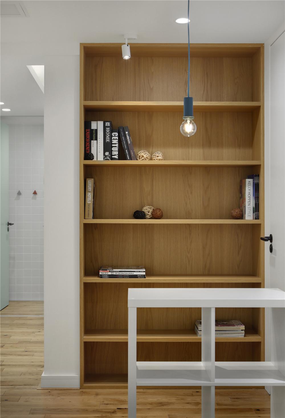129平米三居室书柜装修效果图