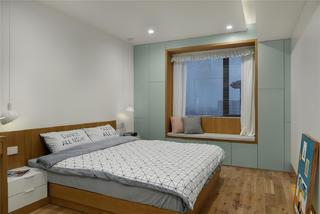 129平米三居卧室每日首存送20