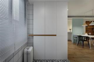129平米三居室玄关装修效果图